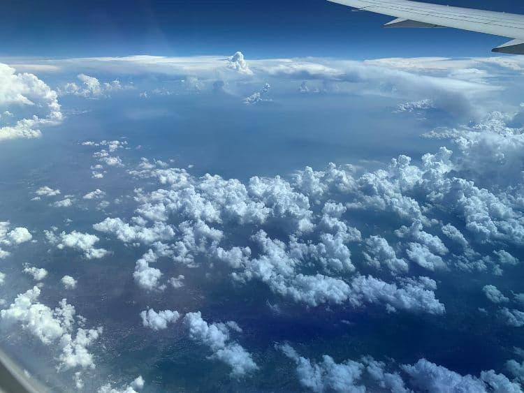 Photo Credit: Plane in the sky, @tiffany.ironfan's Instagram