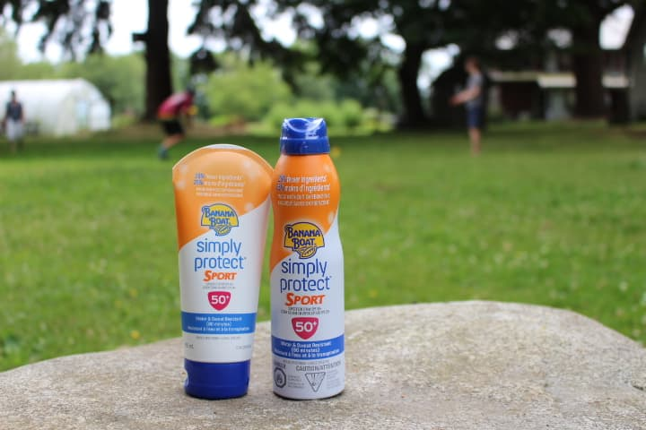 Photo Credit: buy Banana Boat Simply Protect Sports SPF 50, by instagram user @tiffany.ironfan